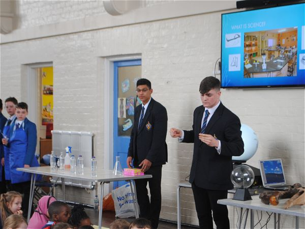 Photo 1 - Fun Science Assembly For Primary Pupils