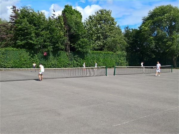 Photo 5 - Tennis V Cleeve School