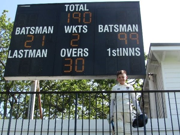 Photo 1 - Luke Bond  99 not out