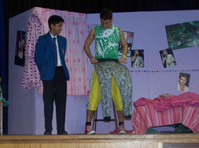Photo 2 - Spanish Play ¡Fuera!