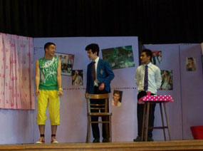 Photo 3 - Spanish Play ¡Fuera!