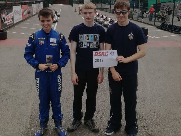 Photo 5 - STRS Karting team at National Finals